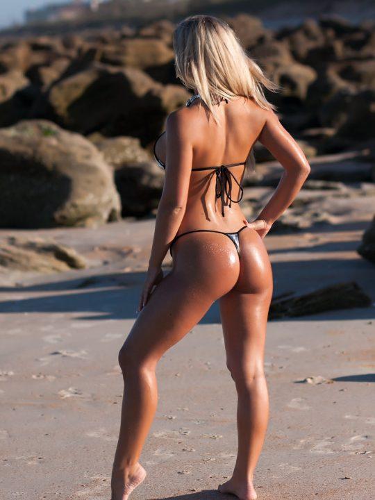Nicole Hampton   Big Oily Ass in Micro Thong Bikini