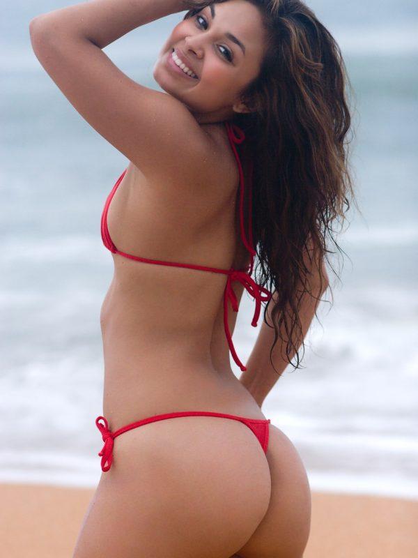 Summer Sands | Big Thong Butt